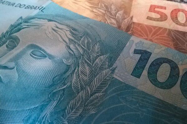 Aprendendo a lidar com o dinheiro: 12 lições financeiras que 2020 me ensinou