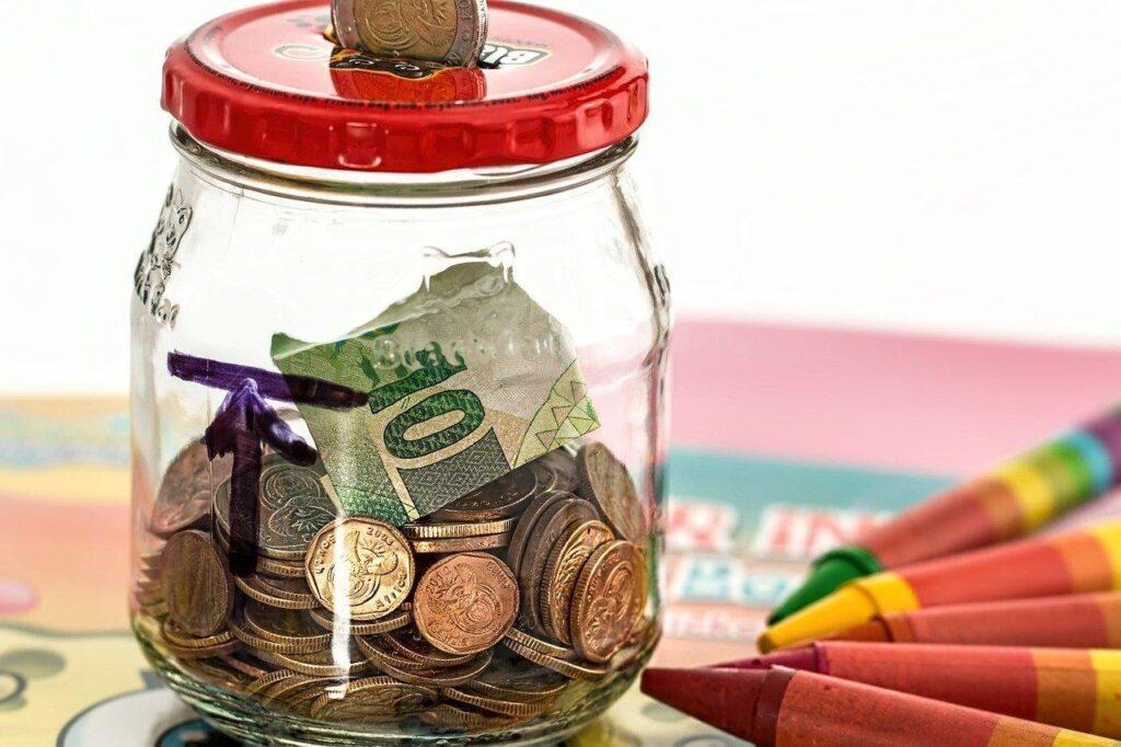Como economizar dinheiro Não atrase suas contas