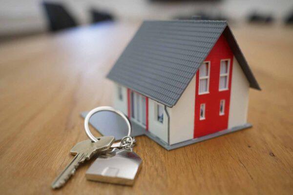Alugar ou financiar: afinal, qual é mesmo a melhor opção?