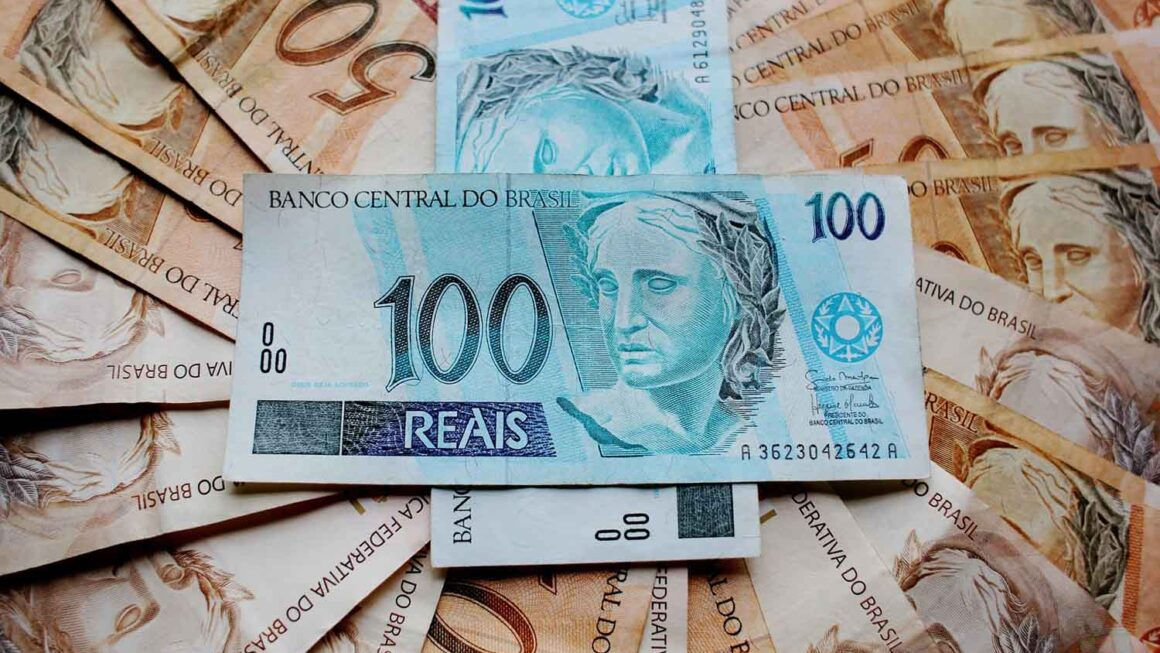 Aprenda dicas valiosas para distribuir seu salário
